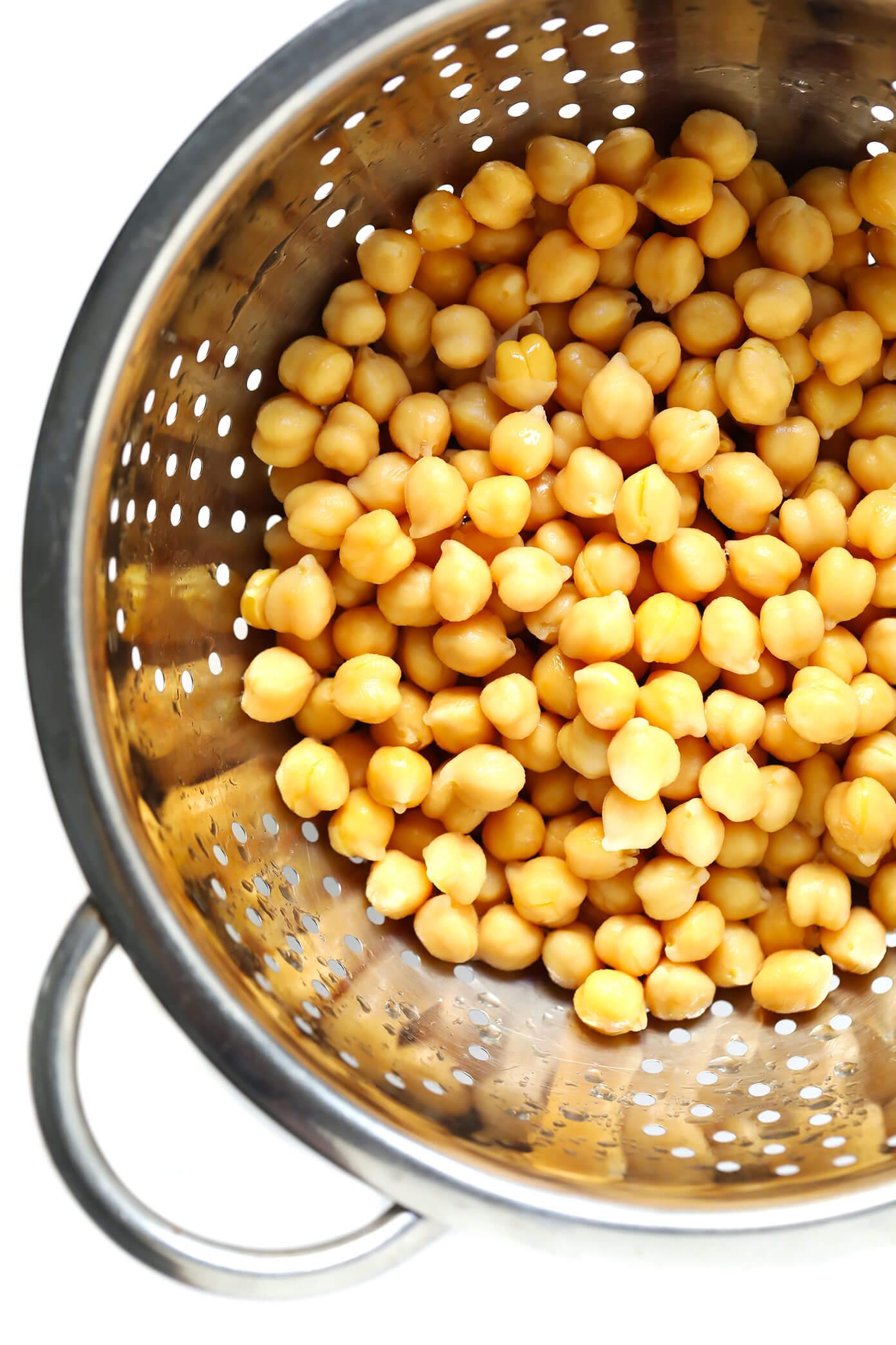 Chickpeas to make Vegetarian Avgolemono Soup